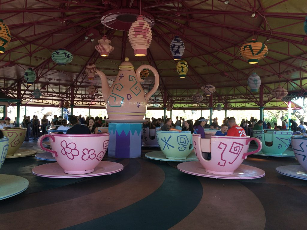 Mrs M restips Florida Disney World kaffekoppar