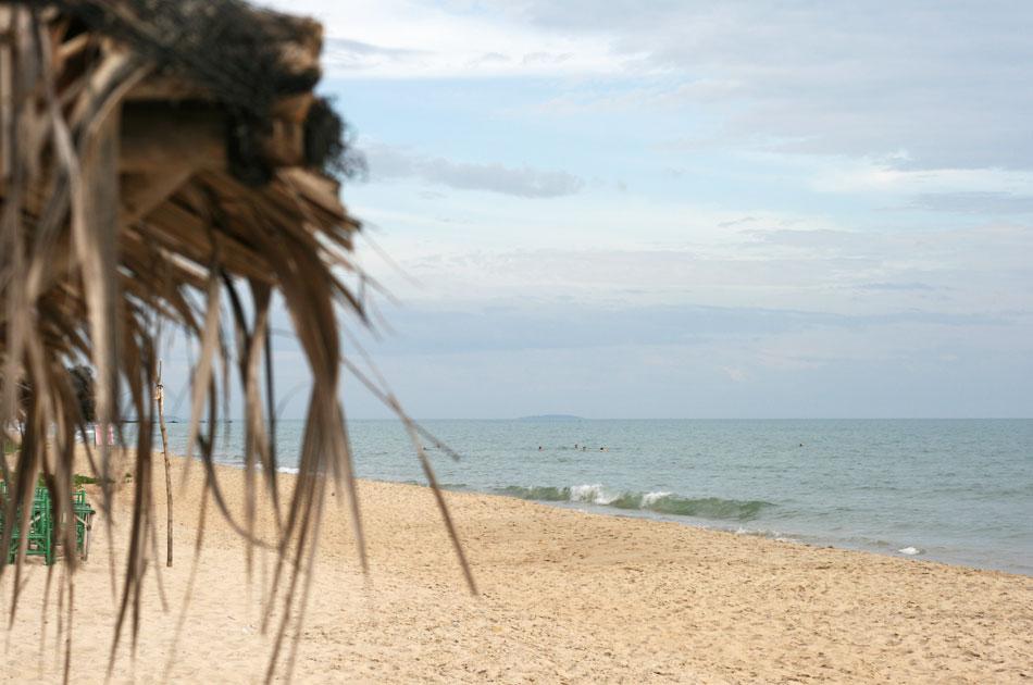 Rayong beach Thailand resa